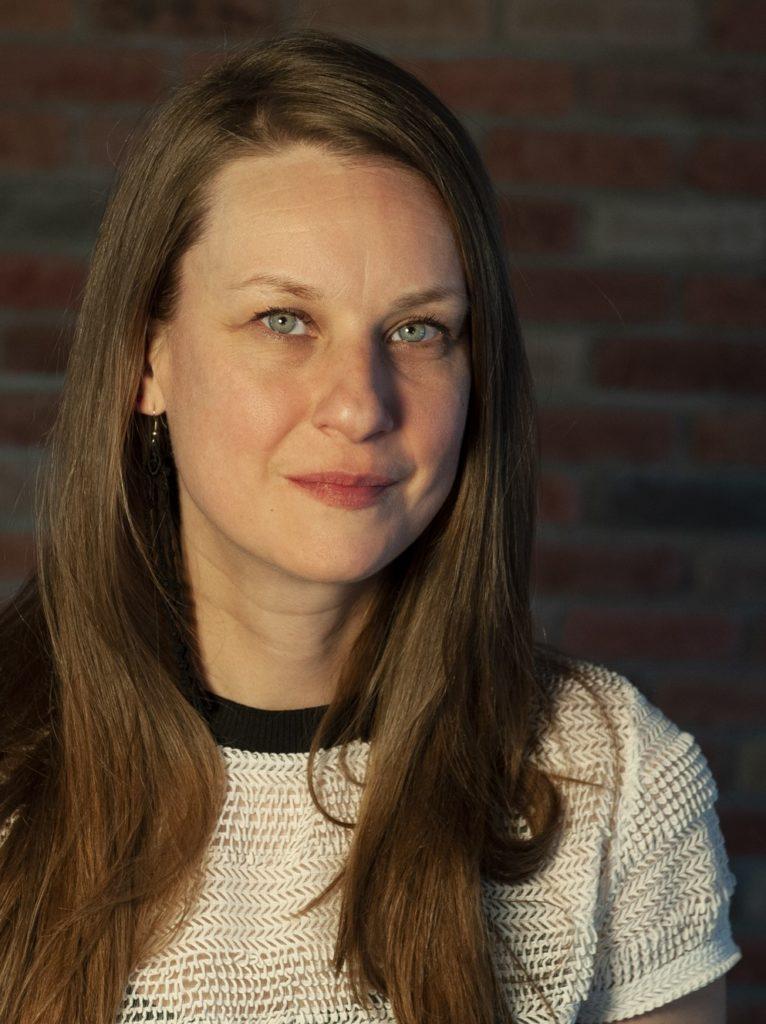 Catherine Harton - chargée de projets volet jeunesse à l'Association canadienne pour la santé mentale - Filiale de Montréal.